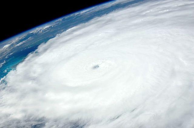 hurricane-1049612__480